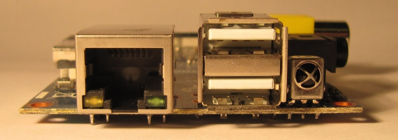 File:Lemaker BananaPI side3.jpg